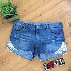 No Boundaries Cut Off Jean Shorts W/Lace Detail